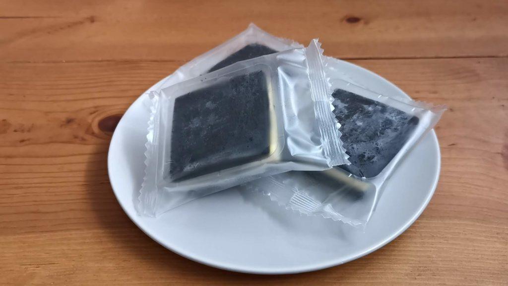 ラ・ファミーユ まっ黒チーズサンド (9)