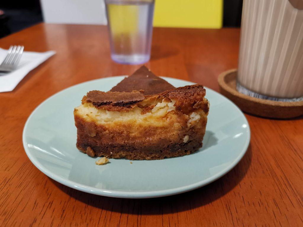 アラビックカフェ & デリ アブイサーム チーズケーキ (5)_R