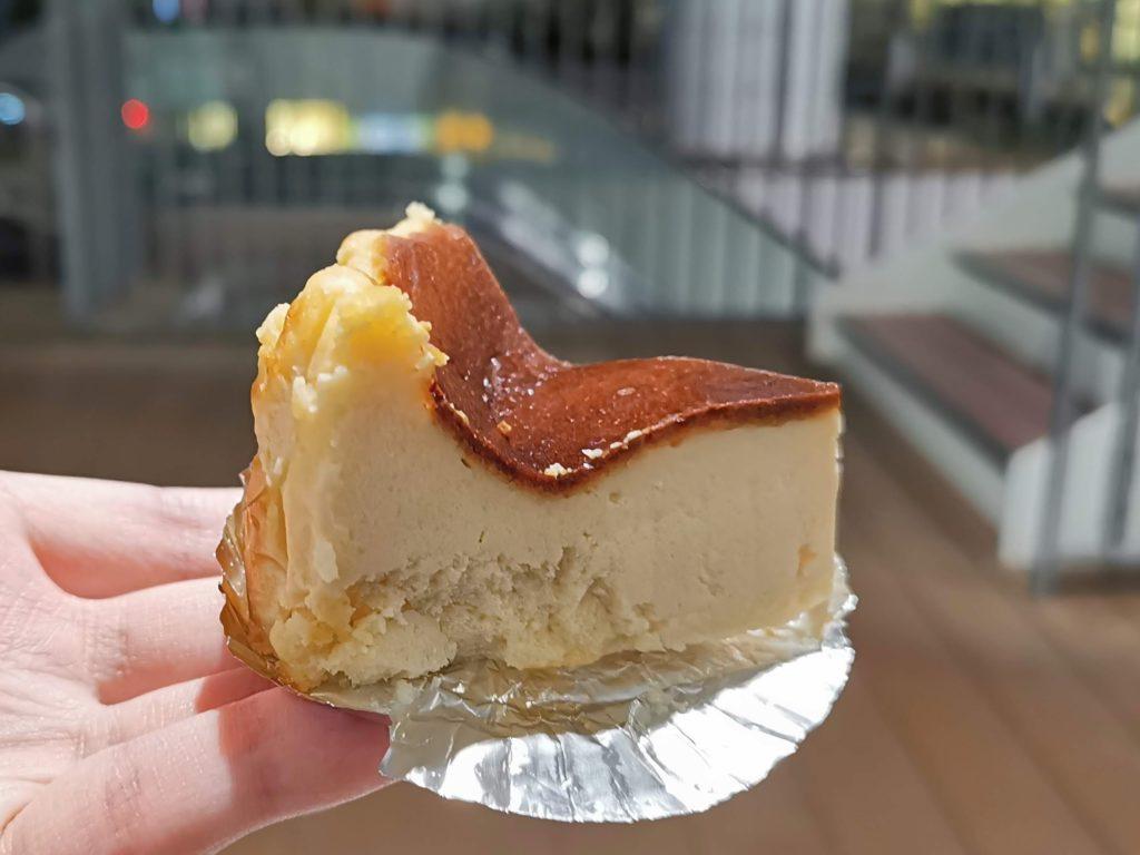 落合南長崎 おだふじ バスクチーズケーキ