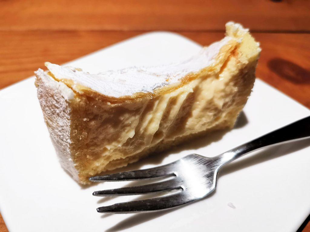 ユーハイム Juchheim 北海道とろけるチーズケーキ (10)_R