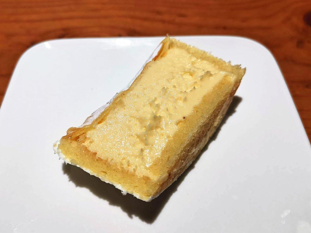 ユーハイム Juchheim 北海道とろけるチーズケーキ (9)_R