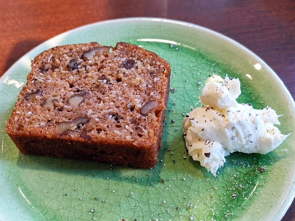 大井町 cafe Curia Lente キュリアレンテ くるみのケーキ