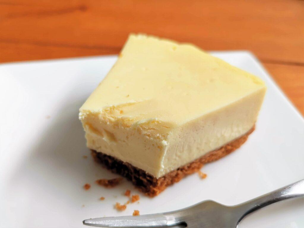 アンナミラーズ(Anna Miller's) チーズケーキ ニューヨークスタイル (7)_R