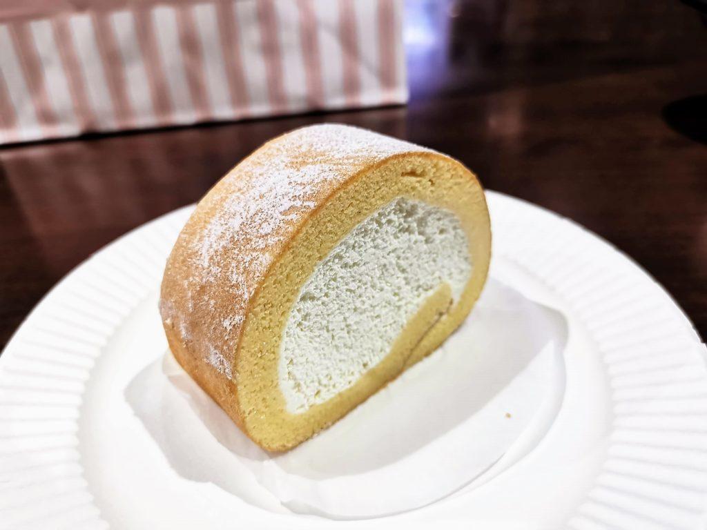 六本木 ALMOND(アマンド) プレミアムロールケーキ