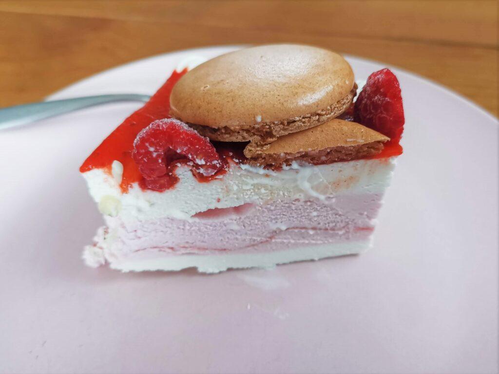 シャトレーゼ ベリーレアチーズケーキ (14)_R