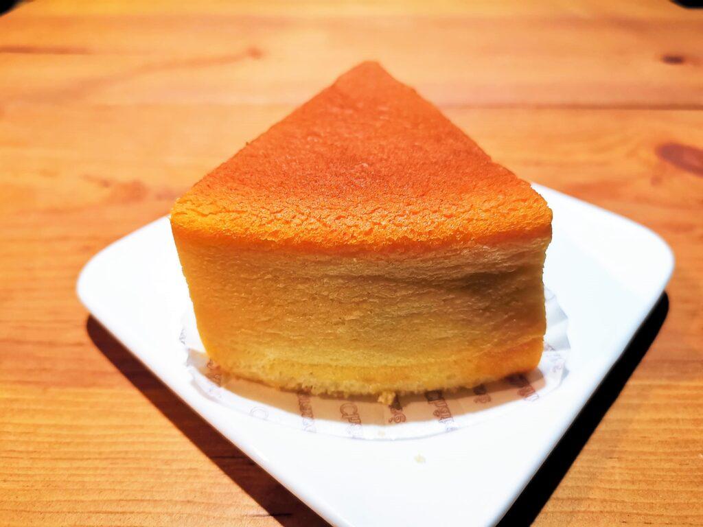 シャトレーゼ ふわふわスフレチーズケーキ (3)_R