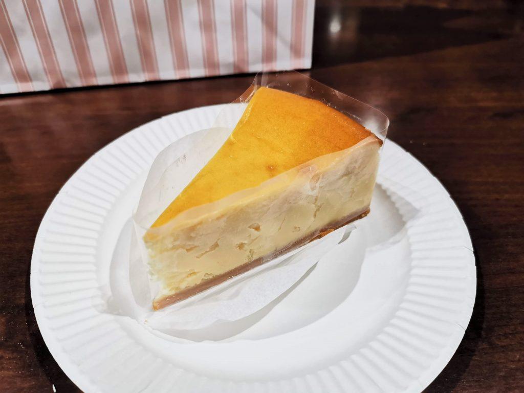六本木 ALMOND(アマンド) こくまろチーズケーキ (3)_R