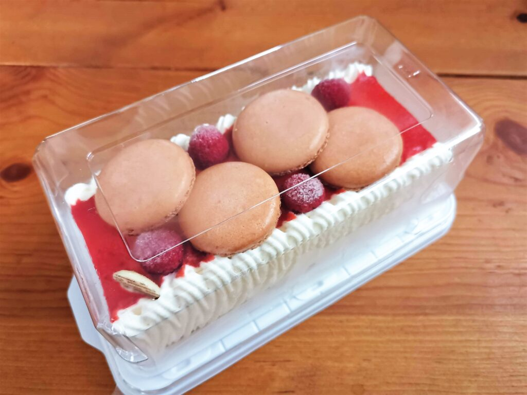 シャトレーゼ ベリーレアチーズケーキ (6)_R