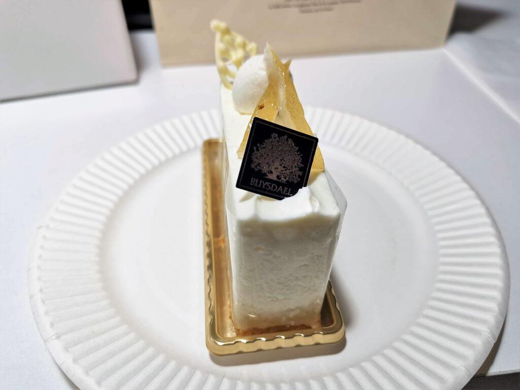ロイスダール レアチーズケーキ (5)_R