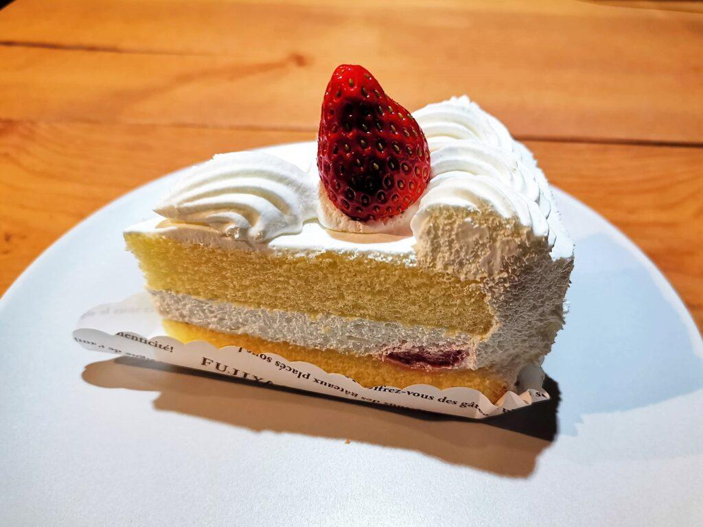 不二家のショートケーキの写真 (1)