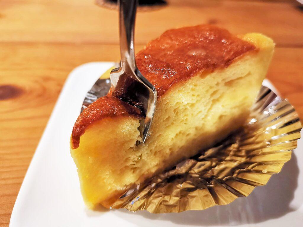 池袋 ケーキ屋のキクヤのチーズケーキの写真 (8)