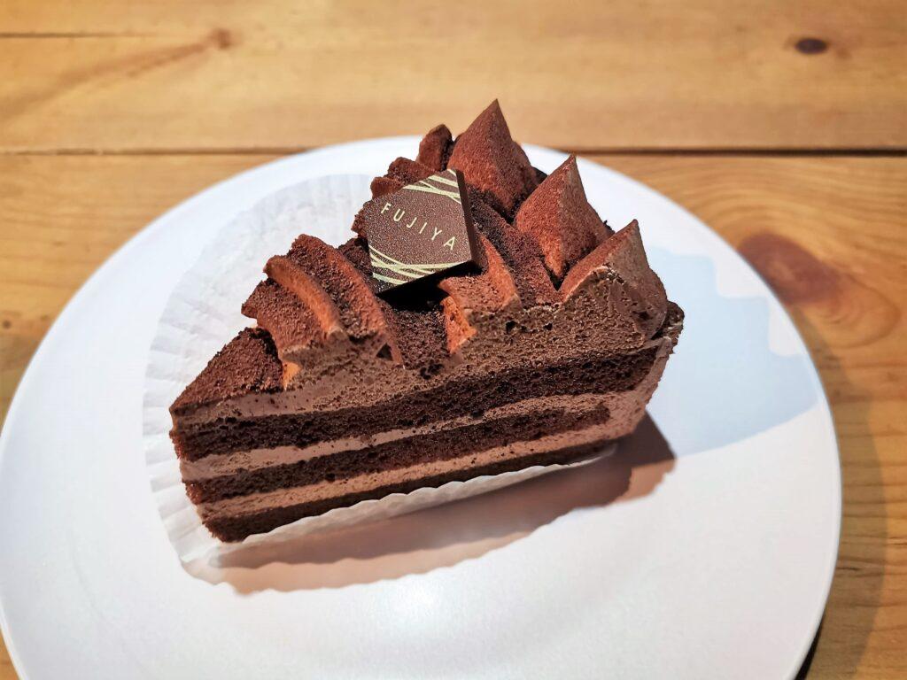 不二家のチョコ生ケーキの写真 (3)