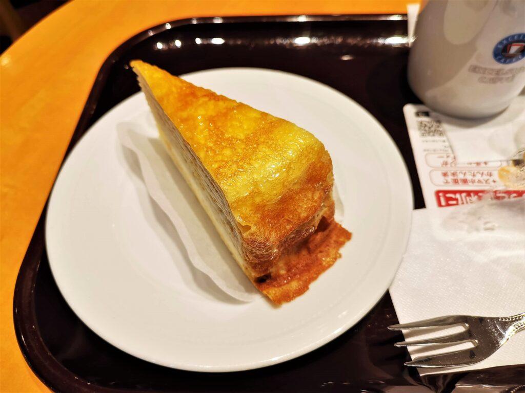エクセルシオールカフェのミルクレープの写真 (3)