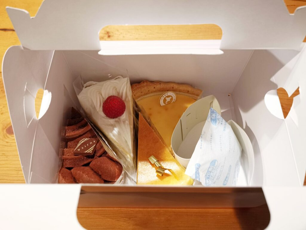 不二家のケーキの写真 (2)