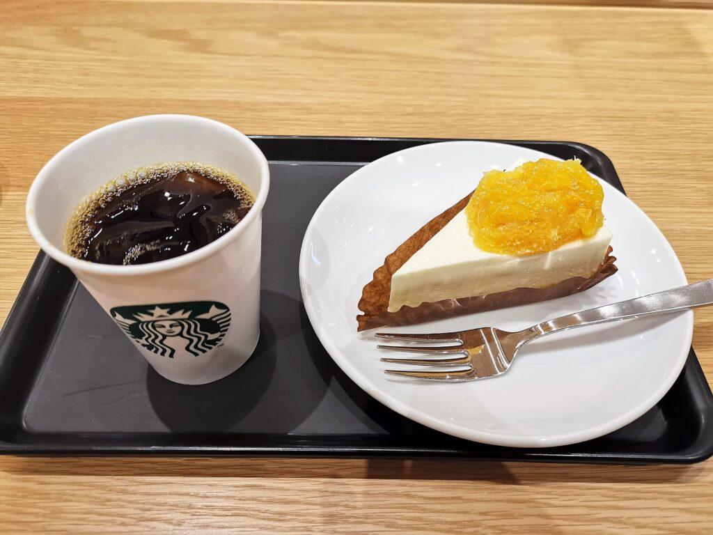 スターバックス オレンジ&レアチーズケーキの写真 (5)