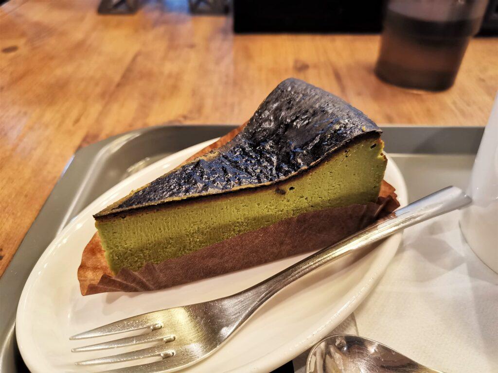 プロント STONEMILL MATCHA抹茶バスクチーズケーキの写真 (3)