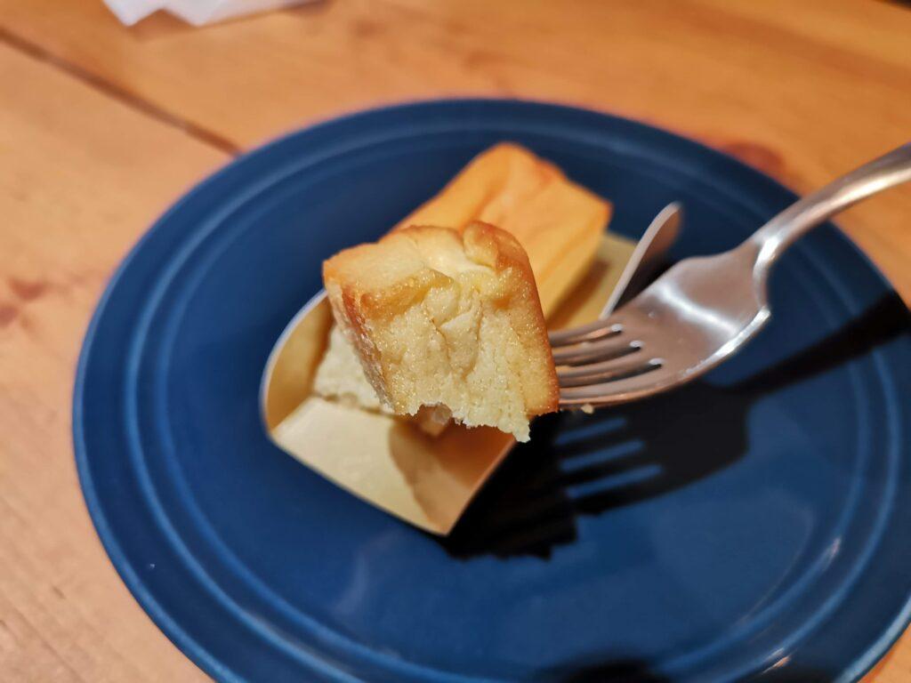 湖のくに焼きチーズケーキ 浪乃音 (7)