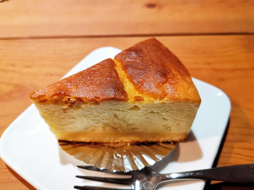 野方「La Reine(ラ・レーヌ)」 のベイクドチーズの写真 (1)