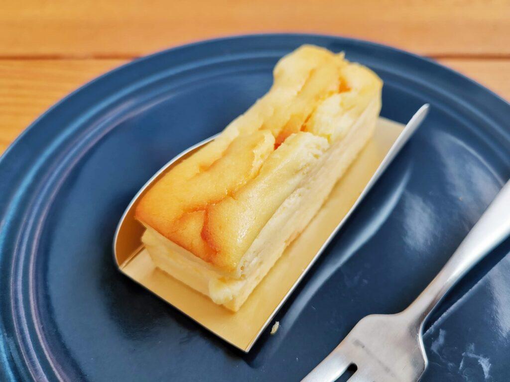 湖のくに焼きチーズケーキ 美冨久 (3)