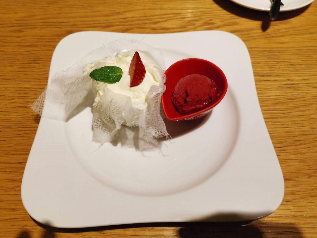 むさしの森珈琲 フレッシュイチゴのクレームダンジュの写真 (8)