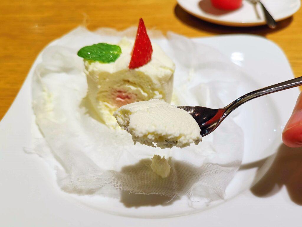 むさしの森珈琲 フレッシュイチゴのクレームダンジュの写真 (13)