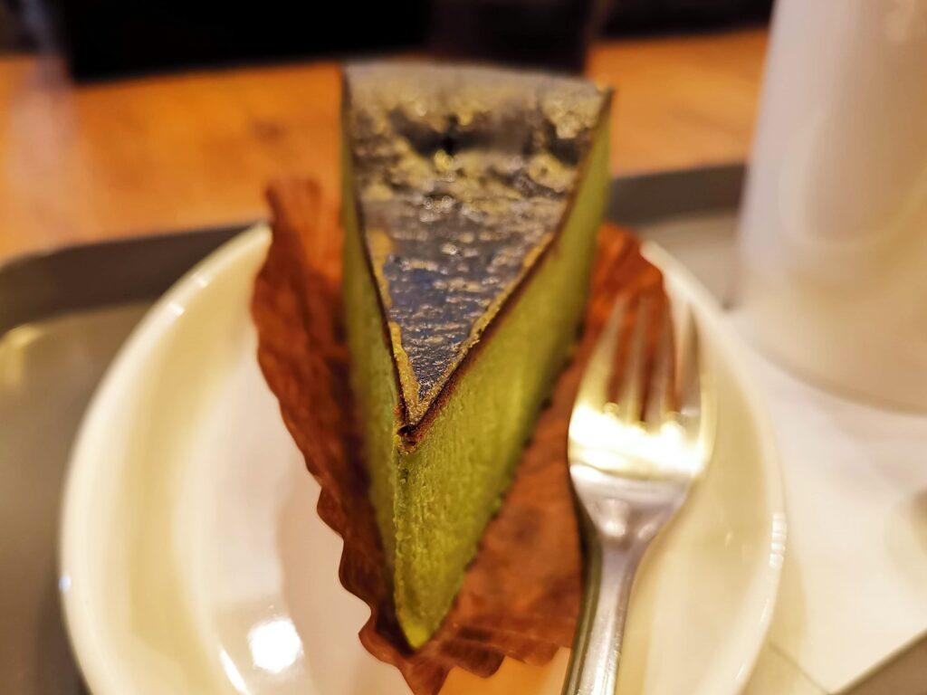 プロント STONEMILL MATCHA抹茶バスクチーズケーキの写真 (9)