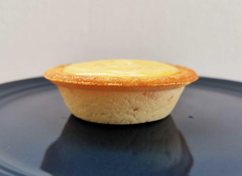 ミニストップ「香ばしアーモンドのチーズタルト」の写真 (7)