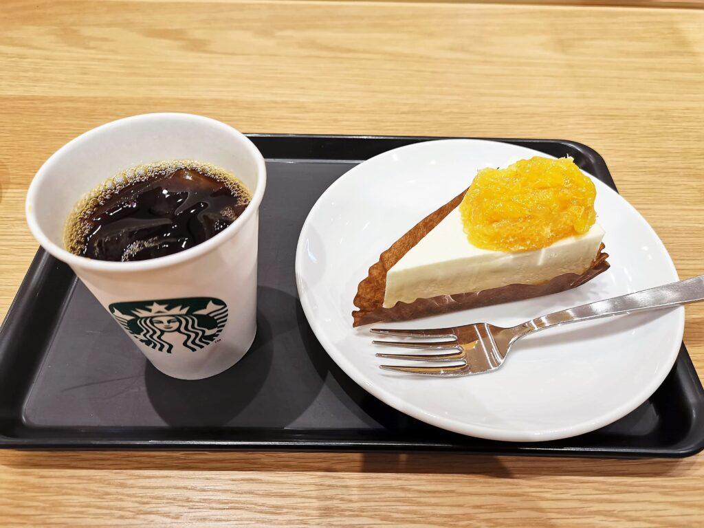 スターバックス オレンジ&レアチーズケーキの写真 (6)