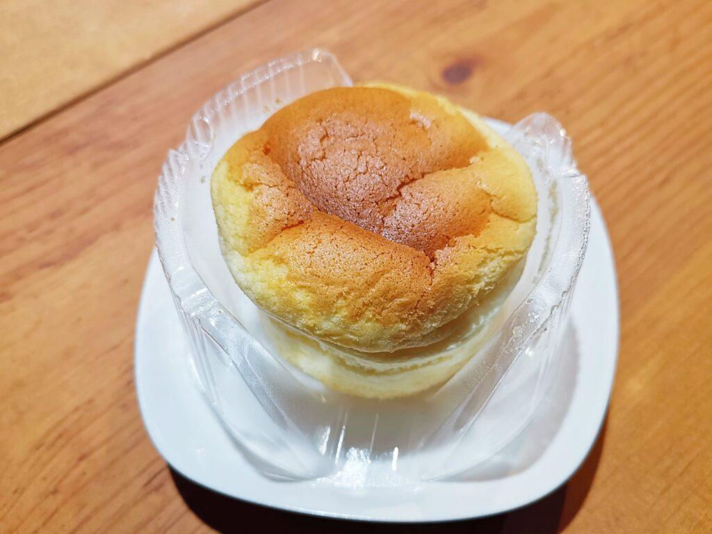 ローソン(山崎製パン)スフレのチーズケーキの写真 (4)