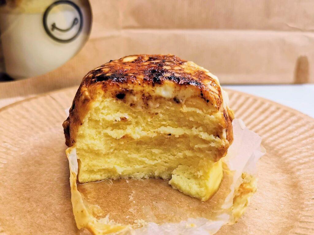MARU CHEESE(マルチーズ)のブリュレバスクチーズの写真 (5)_R