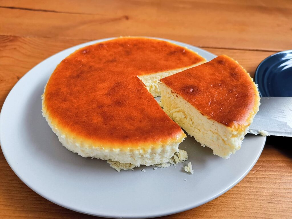 新風堂のキヌノワ(KINUNOWA)チーズケーキ プレーンの写真