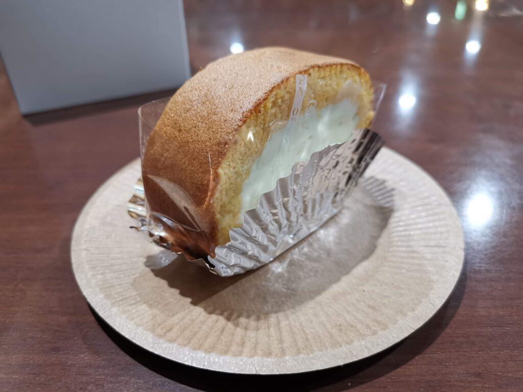 三田「加藤洋菓子」 のチーズロールの写真 (2)_R