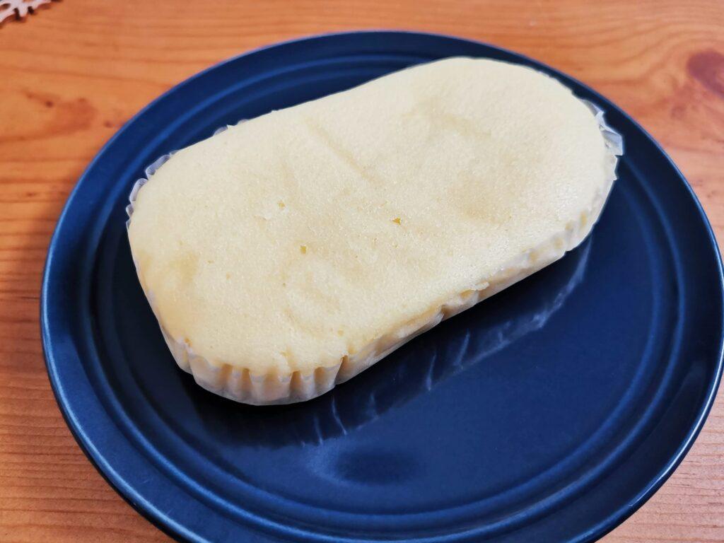 もへじ「北海道産マスカルポーネでつくった極チーズ蒸しパン」の写真 (8)