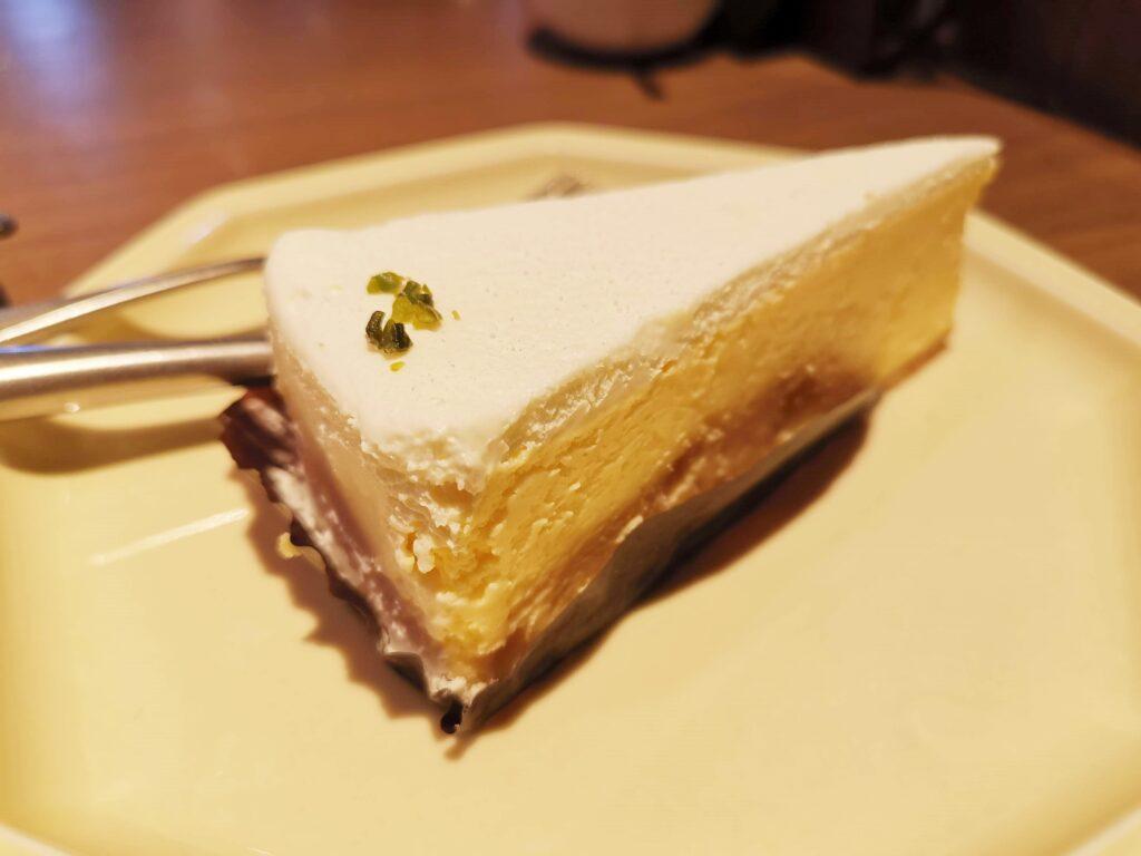 ドトール珈琲店の濃厚チーズケーキの写真