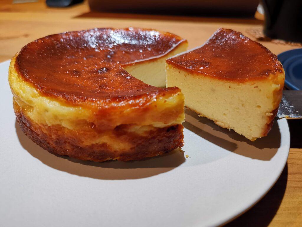 パティスリー レ・ド・シェーブルのヤギミルクチーズケーキの写真 (6)