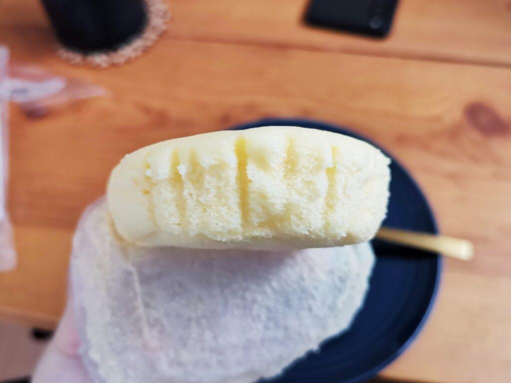 もへじ「北海道産マスカルポーネでつくった極チーズ蒸しパン」の写真 (3)