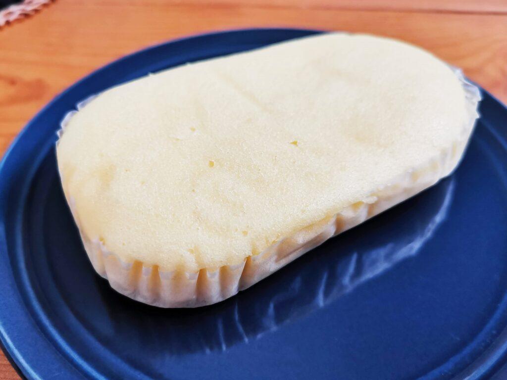 もへじ「北海道産マスカルポーネでつくった極チーズ蒸しパン」の写真 (9)