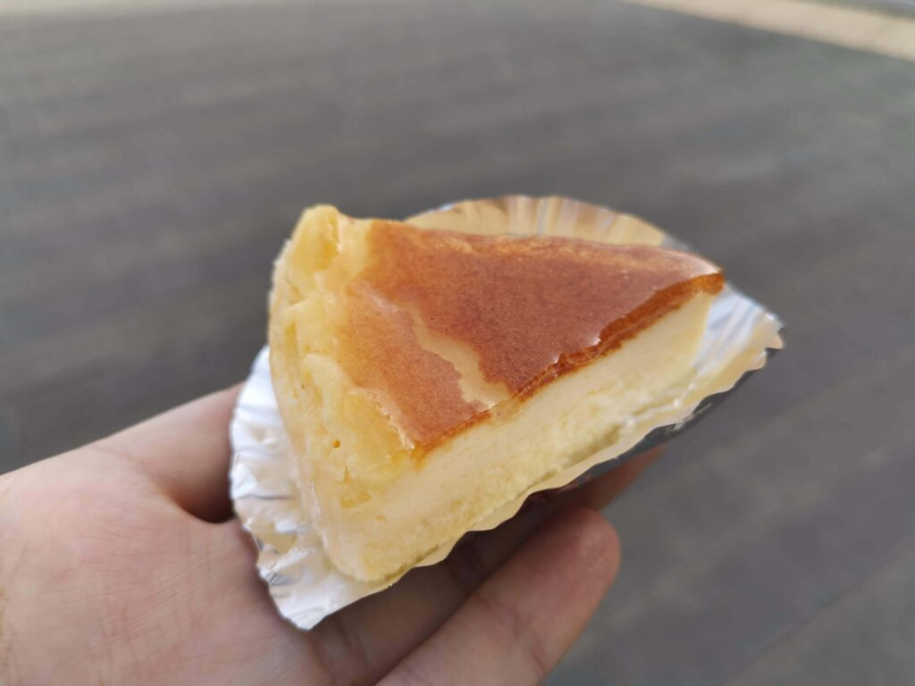 大泉学園のトレント洋菓子店のチーズケーキの写真 (3)