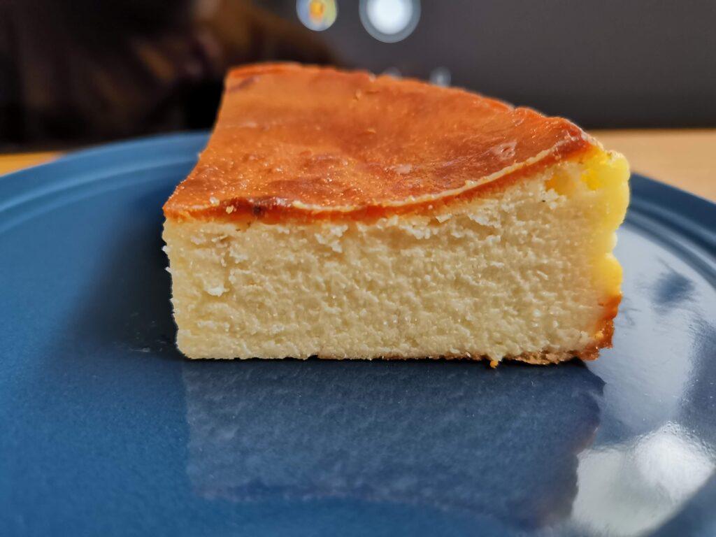 パティスリー レ・ド・シェーブルのヤギミルクチーズケーキの写真 (1)