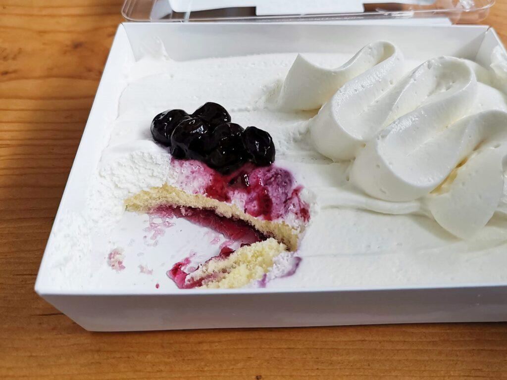 成城石井 リコッタとマスカルポーネのブルーベリーチーズケーキの写真 (1)