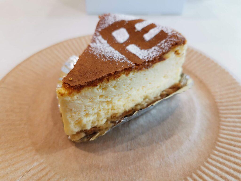 大森「プチエデン」のチーズケーキの写真 (5)