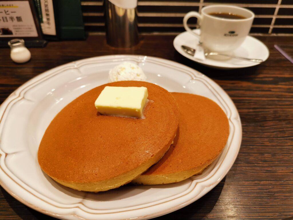 珈琲館のトラディショナルホットケーキ (2)