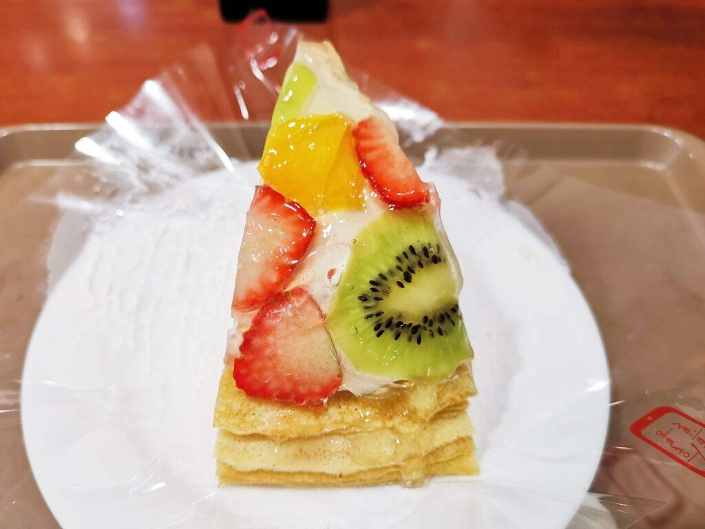 イタリアントマトカフェのフルーツミルクレープ (ヨーグルトクリーム) (7)