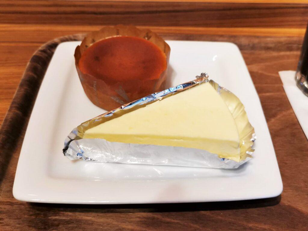 モリバコーヒーのチーズケーキ (2)