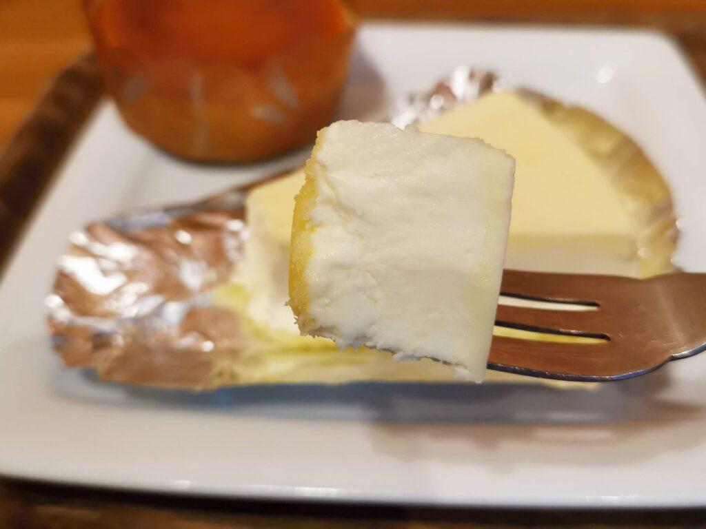 モリバコーヒーのチーズケーキ (14)
